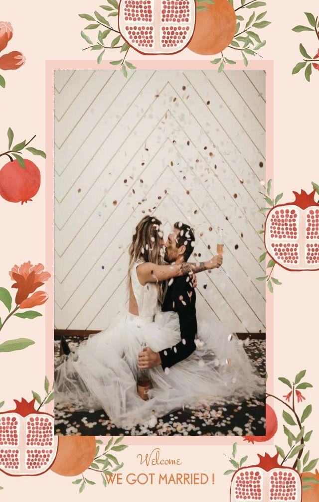 粉色石榴红可爱清新手绘婚礼请柬邀请函