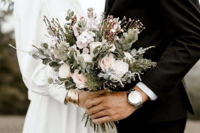 婚庆展架设计要点有哪些 婚庆展架画面要突出哪些要素