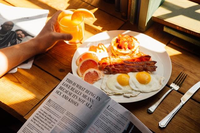 美食折页设计特点有哪些 美食折页三个特性了解一下