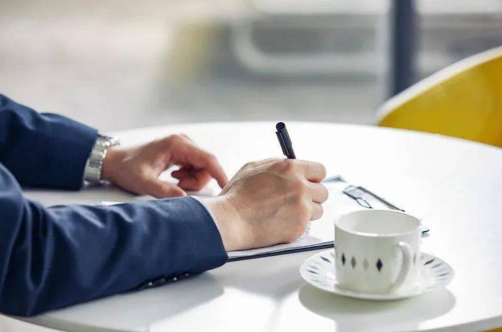 简历设计技巧干货 跟着HR筛选简历的套路走