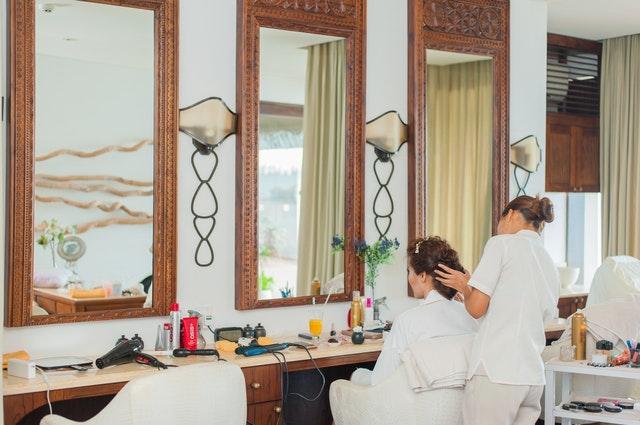 理发店H5设计工具分享 宣传做好顾客更多