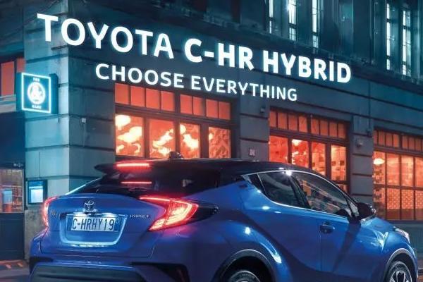 广告海报设计欣赏  有哪些优秀的汽车产品广告海报