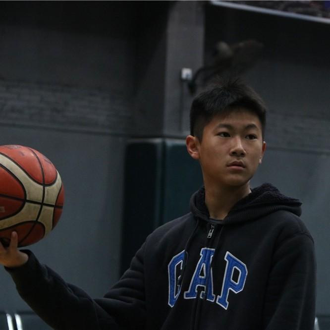 龙狮篮梦青少年俱乐部 寒假篮球培训班——陈尔淘